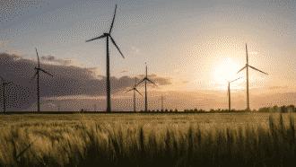 https://i-e-c.co.uk/wp-content/uploads/2020/08/Wind_turbines_feature_image.png